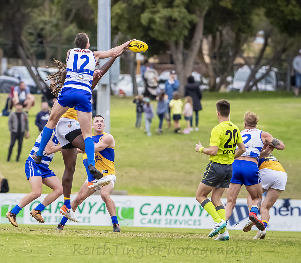 WAFL,FOOTY,JUMPING,BALL,ADVERTISING,CONTEST